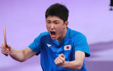 【卓球】張本、世界1位を破ったブラジル選手を下し決勝進出 日本人対決なるか<ワールドツアー・グランドファイナル>