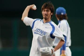 2008年以来10年ぶりに始球式に登場する浦和レッズ・阿部勇樹【写真提供:埼玉西武ライオンズ】