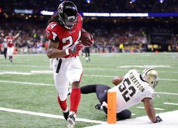 Devonta Freeman, Tevin Coleman Lead Falcons to 45-32 Win vs Saints