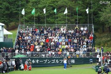 ゴルフトーナメントを見に行けば楽しいが、課題は?(撮影:村上航)