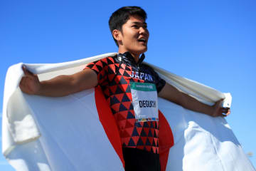 夏季ユース五輪の陸上男子400メートル障害で金メダルを獲得した出口晴翔=16日、ブエノスアイレス(ゲッティ=共同)