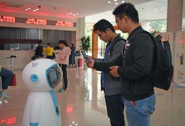 行政事務サービス·スマートロボットが登場 江西省南昌市