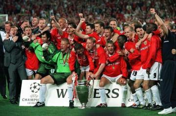 欧州制覇を含む主要タイトルの3冠を達成した1993-94のマンUメンバー photo/Getty Images