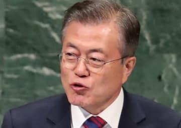 韓国・文在寅大統領(写真:ロイター/アフロ)