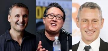 ドラマ「電車男」のハリウッドリメーク版の制作陣。(左から)制作総指揮のフィル・ローゼンタールさん、プロデューサーのロイ・リーさん、監督のアダム・シャンクマンさん