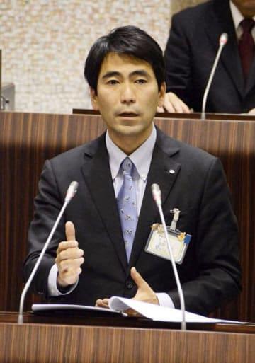 前横須賀市長の吉田雄人氏=2017年2月