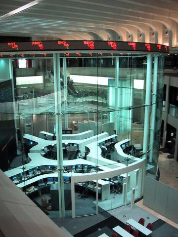 証券取引所 東証 東京証券 世界同時株安 機械化 AI 証券 株 取引