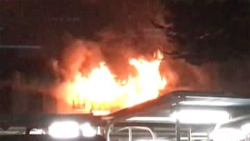 未明の住宅火災で6人死亡 火から逃れようと...