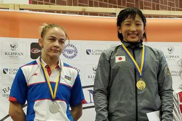 今年2月、スウェーデンで初対戦した須﨑優衣(早大)とマリア・スタドニク(アゼルバイジャン)