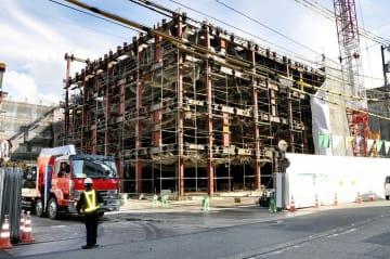 建設中の越前市役所新庁舎=10月18日、福井県越前市府中1丁目