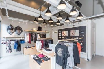 商品をジムで試すことができる直営店「リーボック フィットハブ 虎ノ門」オープン