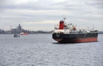 台風24号で走錨した貨物船が停泊していた海域=12日、横浜港