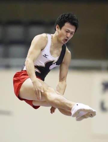 男子個人で準決勝進出を決めた岸大貴=北九州市立総合体育館