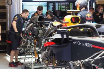 【ブログ】レッドブルの作業現場でルノー製PUをチラ見/F1アメリカGP現地情報1回目