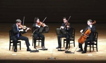 流麗な演奏で観客を魅了したシュトイデ弦楽四重奏団
