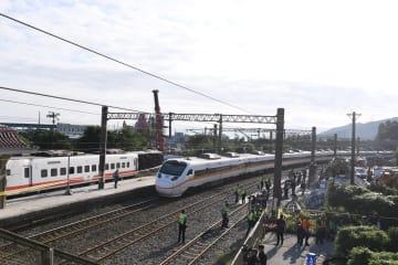 台湾鉄道、単線を利用した双方向運転を再開