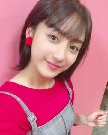 平祐奈 SNSでショートヘア姿を披露