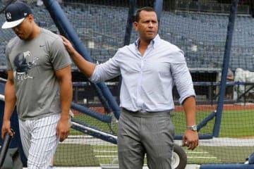 元ヤンキースのアレックス・ロドリゲス氏(右)【写真:Getty Images】