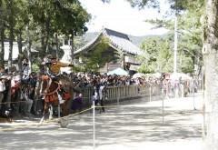 岡山・吉備津彦神社で流鏑馬神事