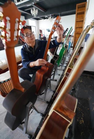 故郷で起業し、貧困者や障害者を支援 江西省奉新県