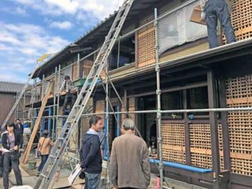 伝統的な建築技術で建てる新築京町家の現場説明会
