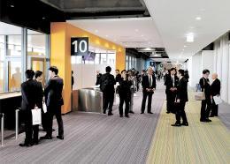 公開された仙台空港のピア棟