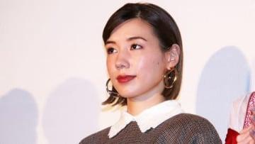 映画「生きてるだけで、愛。」の完成披露上映会に登場した仲里依紗さん