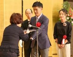 マルセンスポーツ・文化賞を贈呈