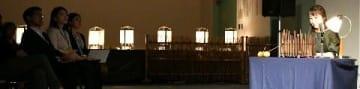 竹灯籠に包まれ音楽や朗読 小竹町でイベント [福岡県]