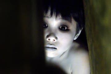 『呪怨 パンデミック』(2006)で俊雄を演じた田中碧海は現在21歳だ (写真:Everett Collection/アフロ)