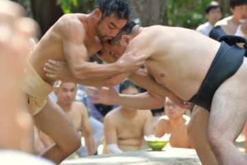 10月20日、船橋大神宮の奉納相撲