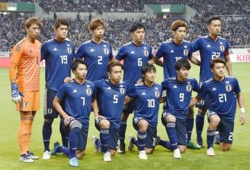ウルグアイとの国際親善試合に臨んだ日本の先発メンバー=10月16日、埼玉スタジアム