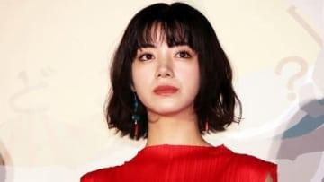 映画「億男」の初日舞台あいさつに登場した池田エライザさん