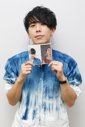 3作目のシングルを発売したHighTさん=徳島新聞社