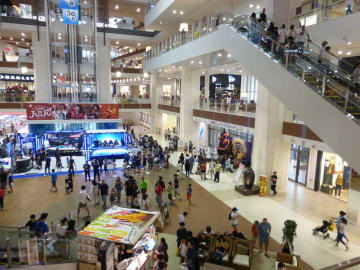 Shopping mall in Okinawa