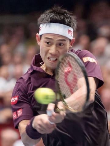 シングルス準々決勝でドミニク・ティエムと対戦する錦織圭=ウィーン(共同)