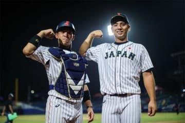 ベネズエラ戦で活躍を見せた侍U-23代表・原澤(右)と堀内【写真:Getty Images】