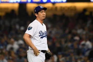 9回2死満塁のピンチでマウンドに上がったドジャース・前田健太【写真:Getty Images】