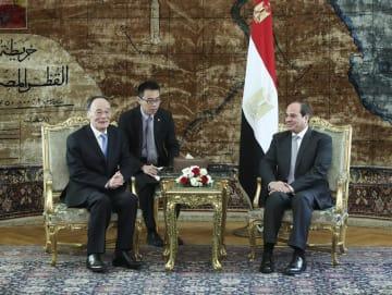 王岐山氏、エジプト訪問 シシ大統領やマドブリ首相と会見