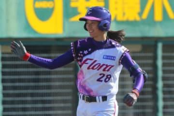 3点本塁打を放った京都フローラ・みなみ【写真提供:日本女子プロ野球リーグ】