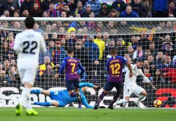 コウチーニョ(7番)のゴールで先制したバルセロナ photo/Getty Images