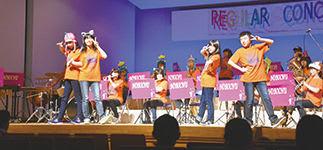 演奏と踊りで会場を盛り上げた登別中吹奏楽部定期演奏会