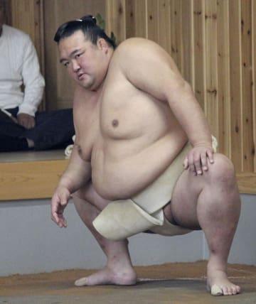 田子ノ浦部屋で始動した稀勢の里=30日、福岡県大野城市