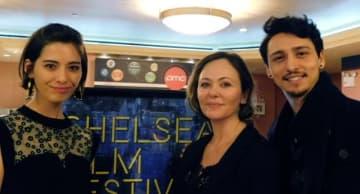 左から、サンドバーグ直美、ナグメ・シルハン監督、ジュリアン