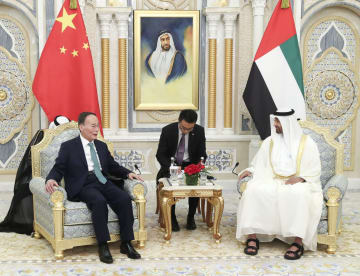 王岐山氏、UAEを訪問 全面的戦略パートナー関係の強化表明