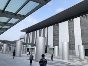 港珠澳大橋のマカオ側イミグレーションビル(資料)=2018年10月24日本紙撮影
