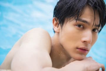 二十歳・中川大志、ハワイを満喫!写真集「maka hou」より - (C) SDP