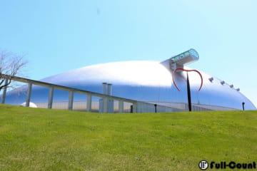 日本ハムは札幌ドームから北広島市の新球場へ本拠地を移転する