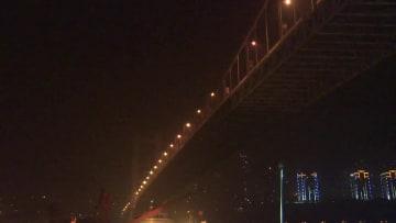 重慶路線バス長江転落事故 記者が見た捜索活動