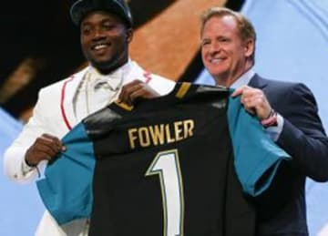 Dante Fowler traded by Rams at deadline